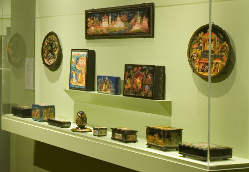 Lacquer-Masterpieces-Photo