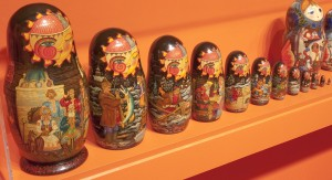 Matryoshka-Dolls-Close-Up-300x163