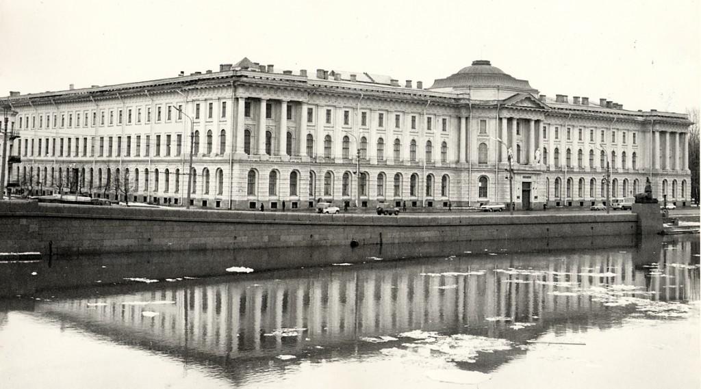 brumfields-St.-Petersburg-1024x569